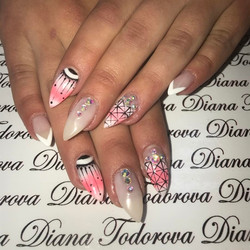 52 Elegant and Classy Nail Art Designs for Prom 2019